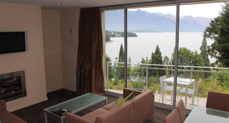 Dining Lounge View 1 Highview Apartments - Queenstown Luxury Accommodation